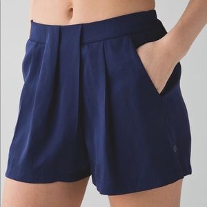 Lululemon &go Keepsake Shorts Hero Blue Pleated